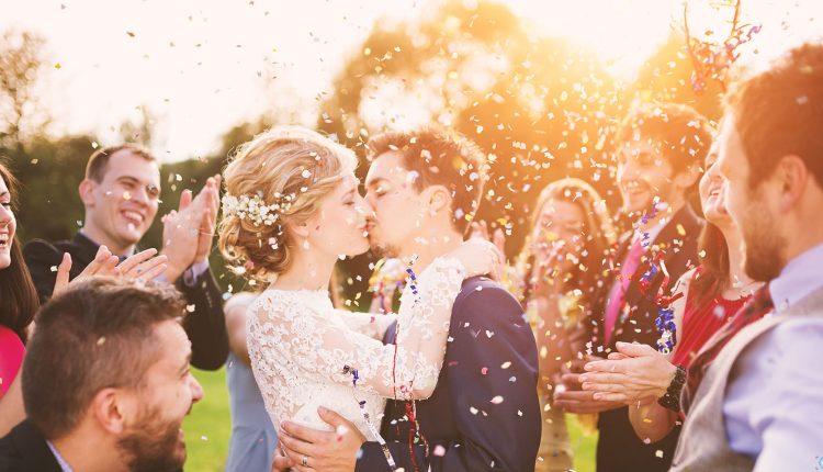Chụp ảnh cưới ngoại cảnh chỉ với giá dưới 5 triệu đồng