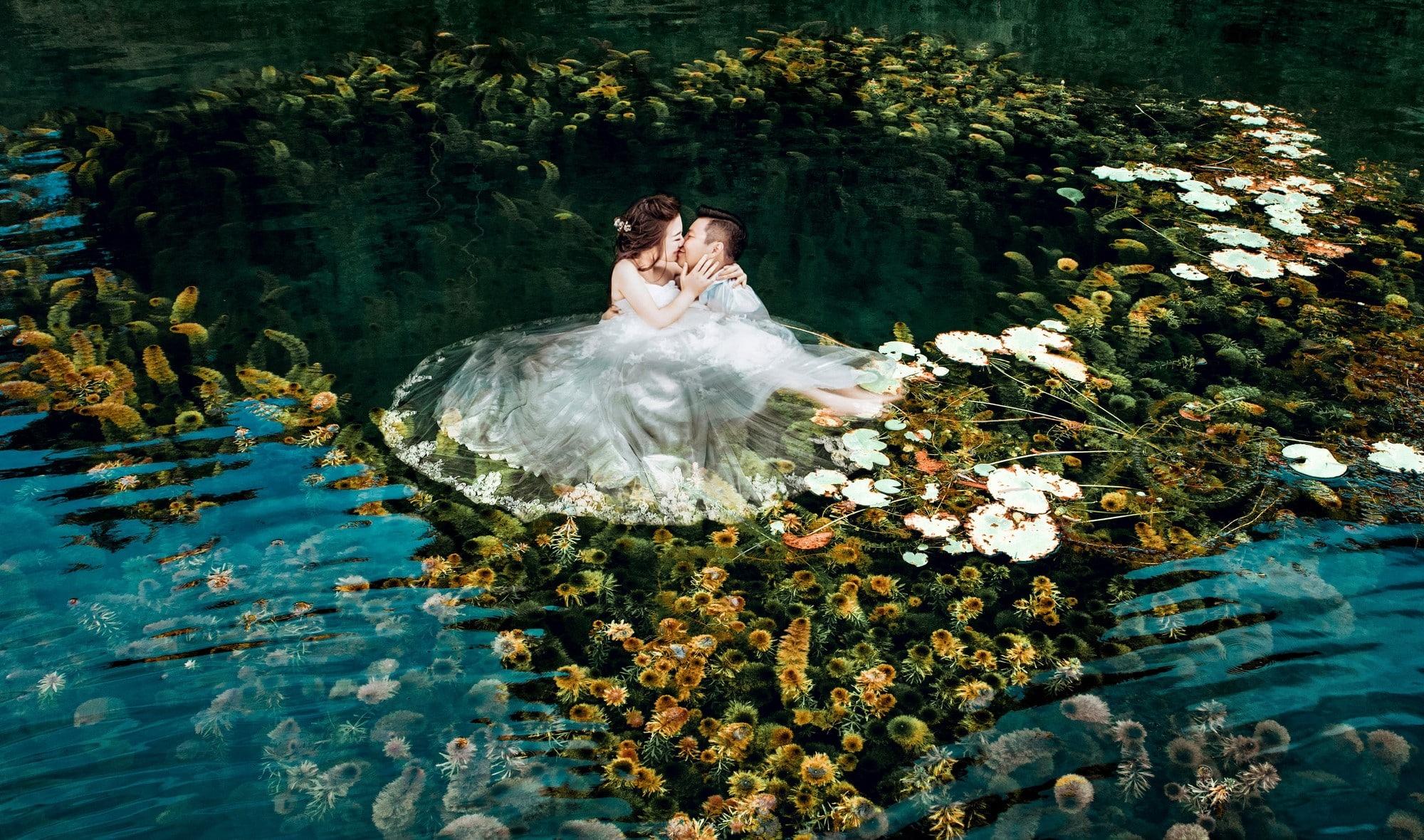 Các bạn nên chọn những nơi có rong rêu để tạo hiệu ứng tuyệt đẹp cho bức ảnh