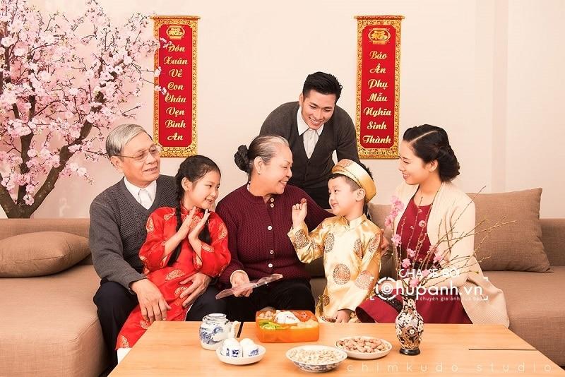 Concept chụp ảnh gia đình tại nhà GĐ011