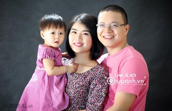 Concept chụp ảnh gia đình tại studio GĐ009