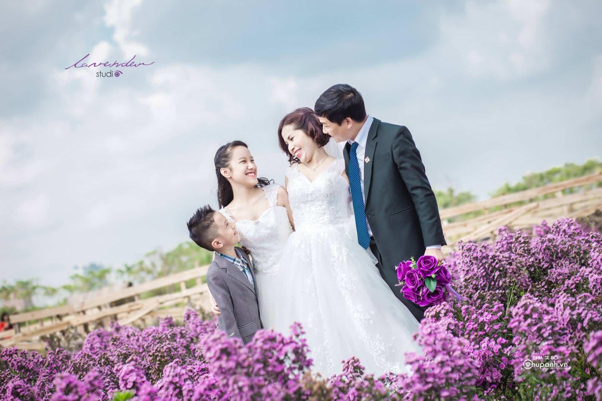 Concept chụp ảnh gia đình theo phong cách ảnh cưới GĐ002