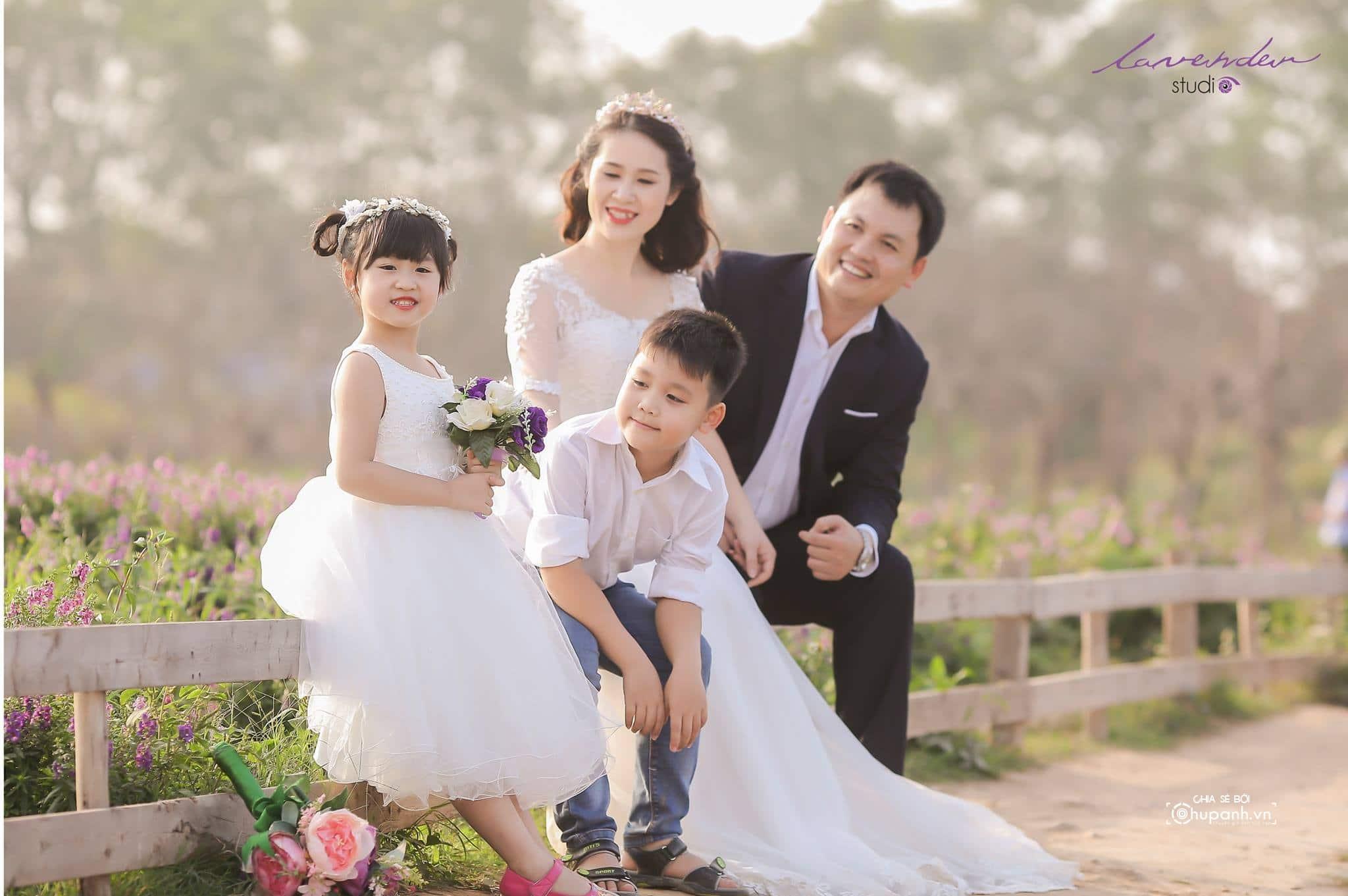Concept chụp ảnh gia đình theo phong cách ảnh cưới GĐ003