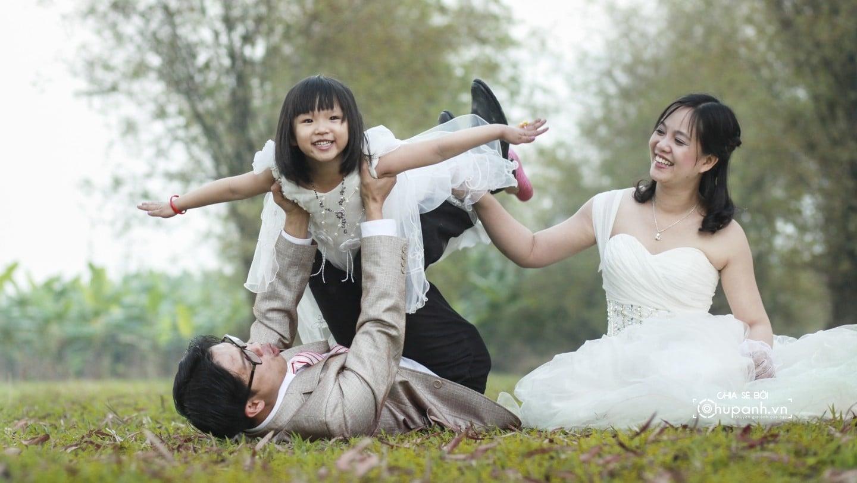 Concept chụp ảnh gia đình theo phong cách ảnh cưới GĐ005