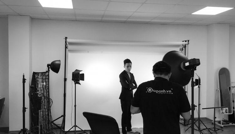 Chụp ảnh profile tại studio