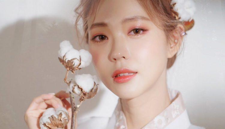 Trang điểm chụp ảnh Beauty nhẹ nhàng theo phong cách Hàn Quốc