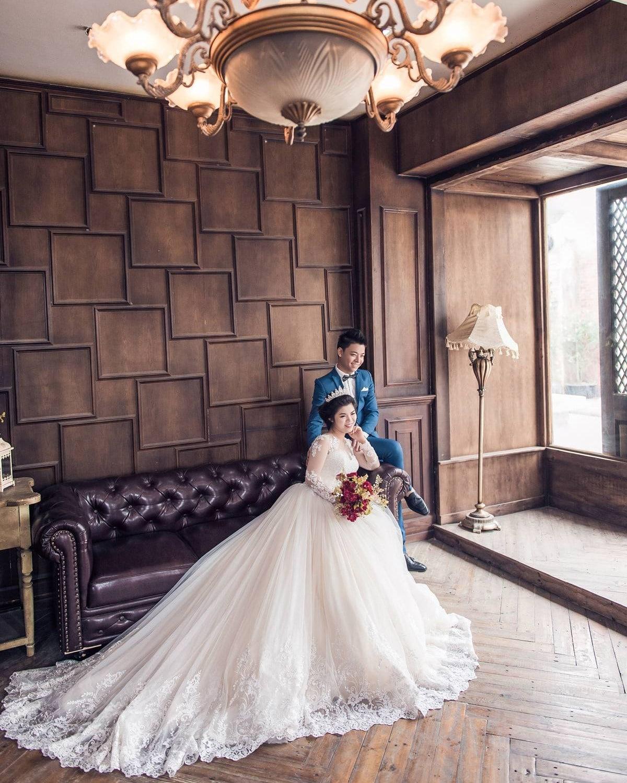 Chụp ảnh cưới đẹp tại phim trường smiley ville