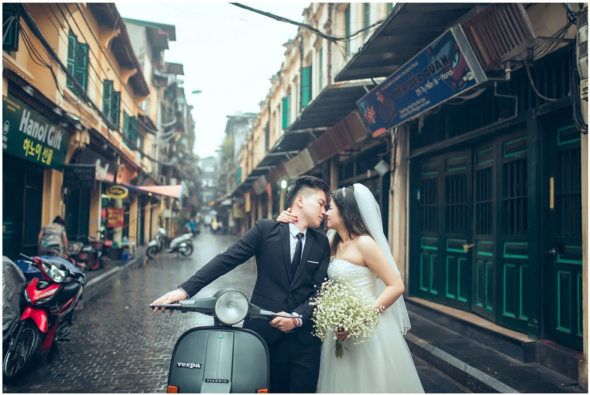Những bức ảnh lãng mạn trong con phố cổ kính